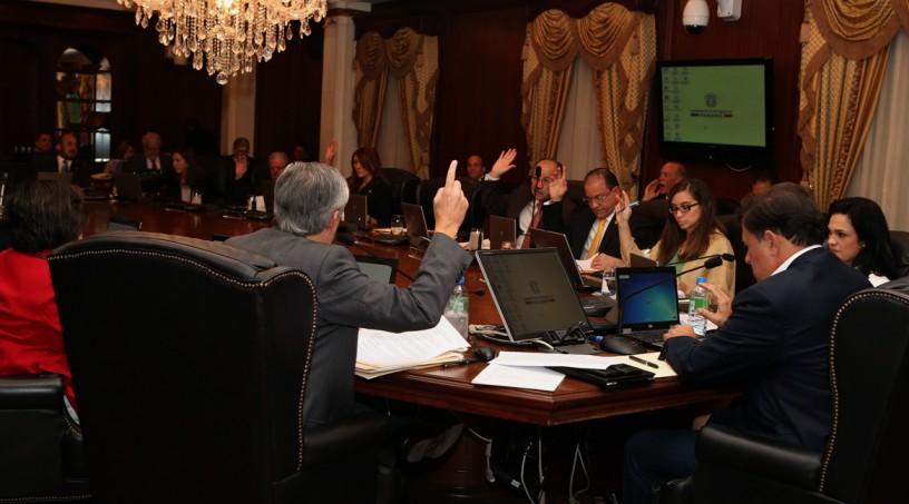Consejo de Gabinete definió el futuro de los proyectos públicos en riesgo